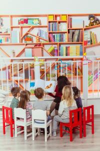 Farollo e Falpalà Letture animate per bambini . libreria Firenze
